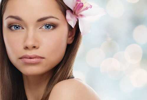 Hot Trends in Cosmetics For This Spring and Summer