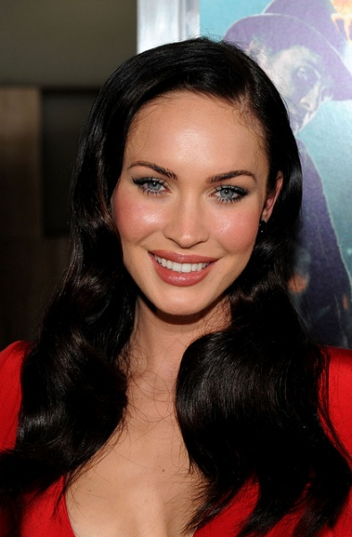 Megan Fox arrives at the premiere