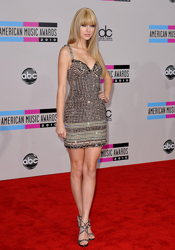 Taylor Swift on the red carpet at the American Music Awards