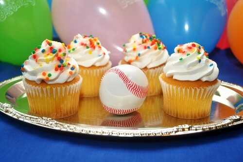 How to Have a Kids Baseball Themed Birthday Party