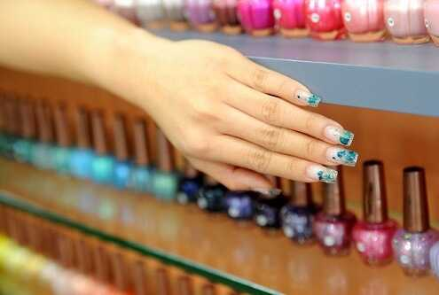 Choosing the Perfect Nail Color