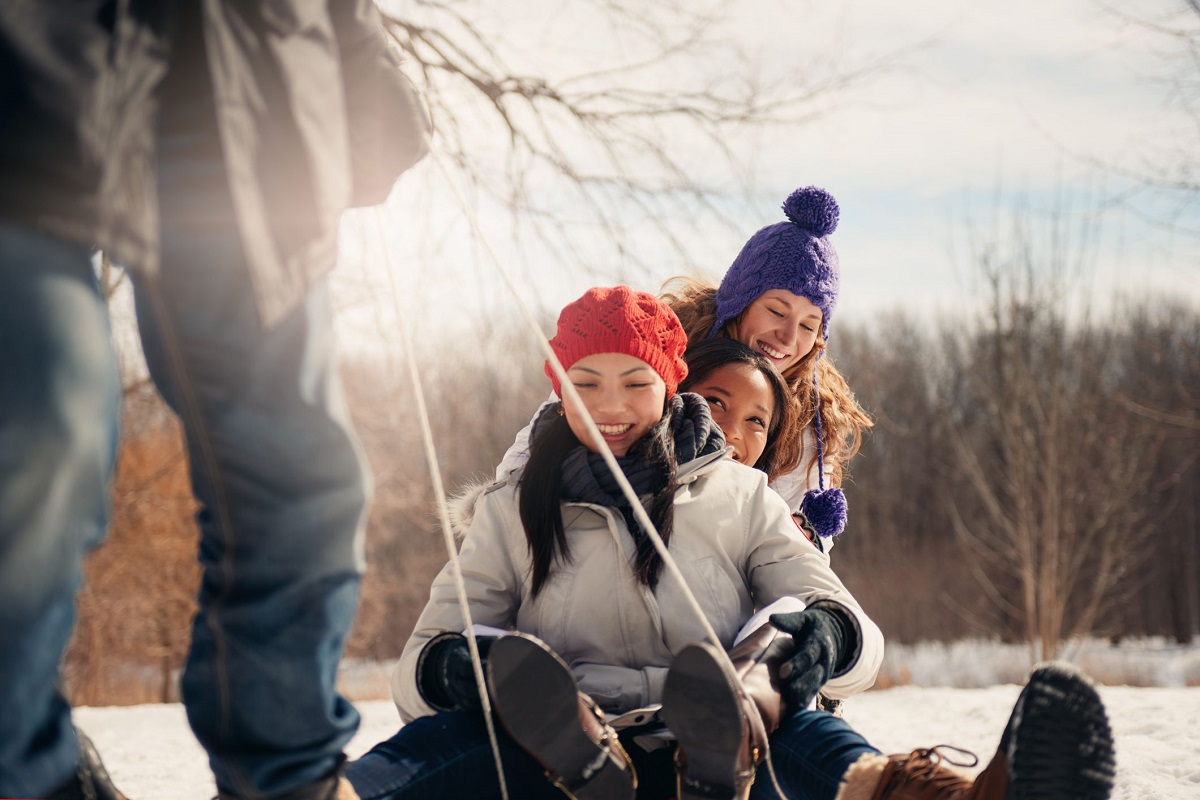 7 Awesome Things You Can Do When It's Snowing