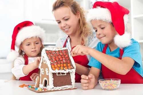 Make gingerbread house