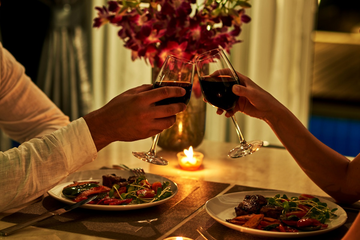 5 Steps to Planning a Romantic Dinner at Home