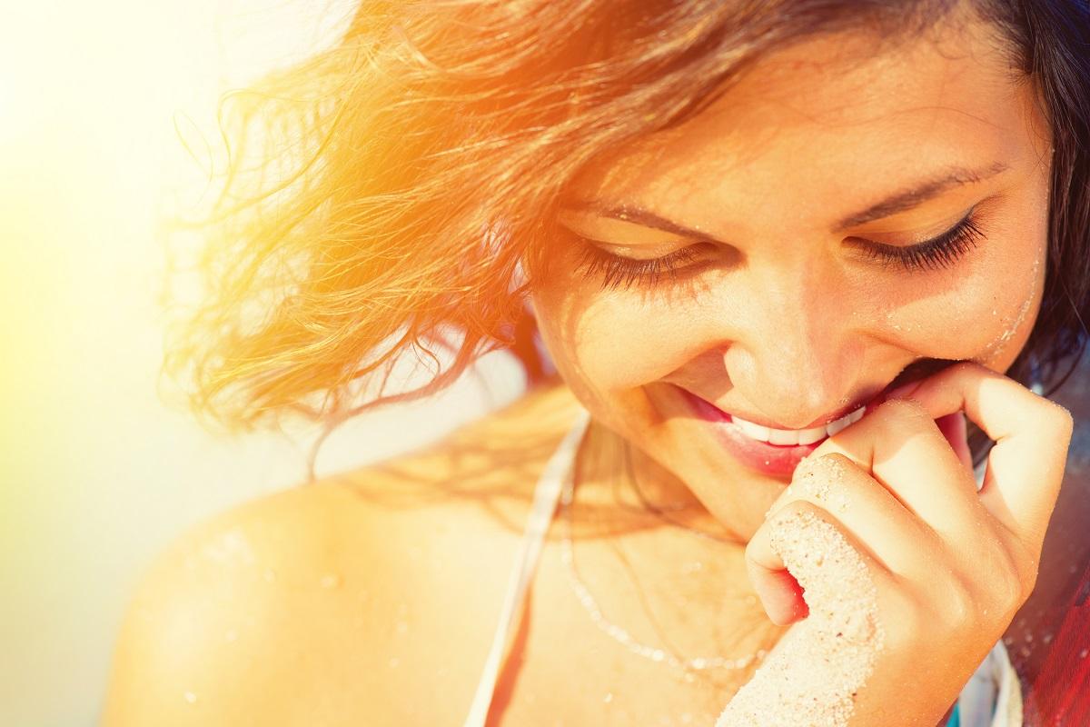 8 Flirting Tips for Shy Girls