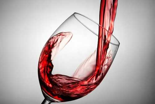 Reasons Why a Small Glass of Wine a Day is Good for You