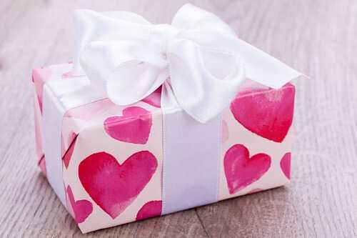 8 Best Valentine's Day Gift Ideas for Girls