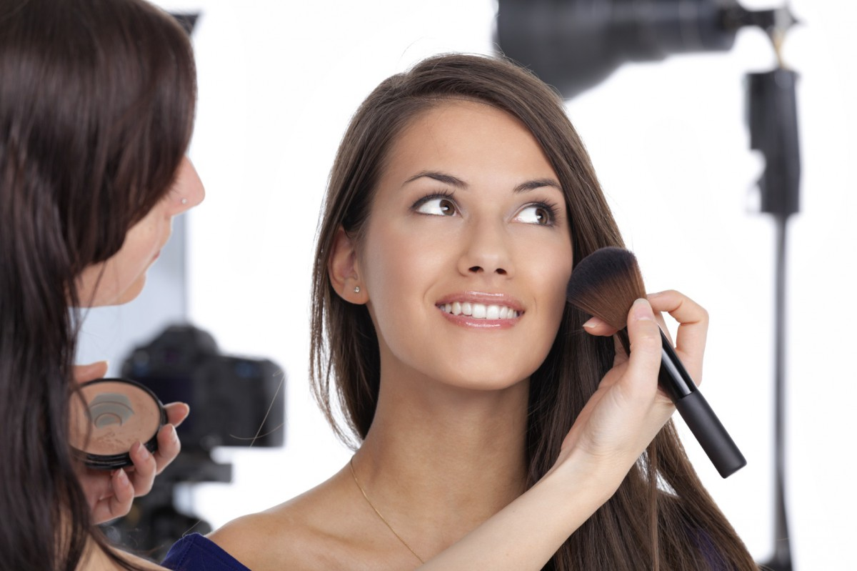6 Reasons to Get a Makeover