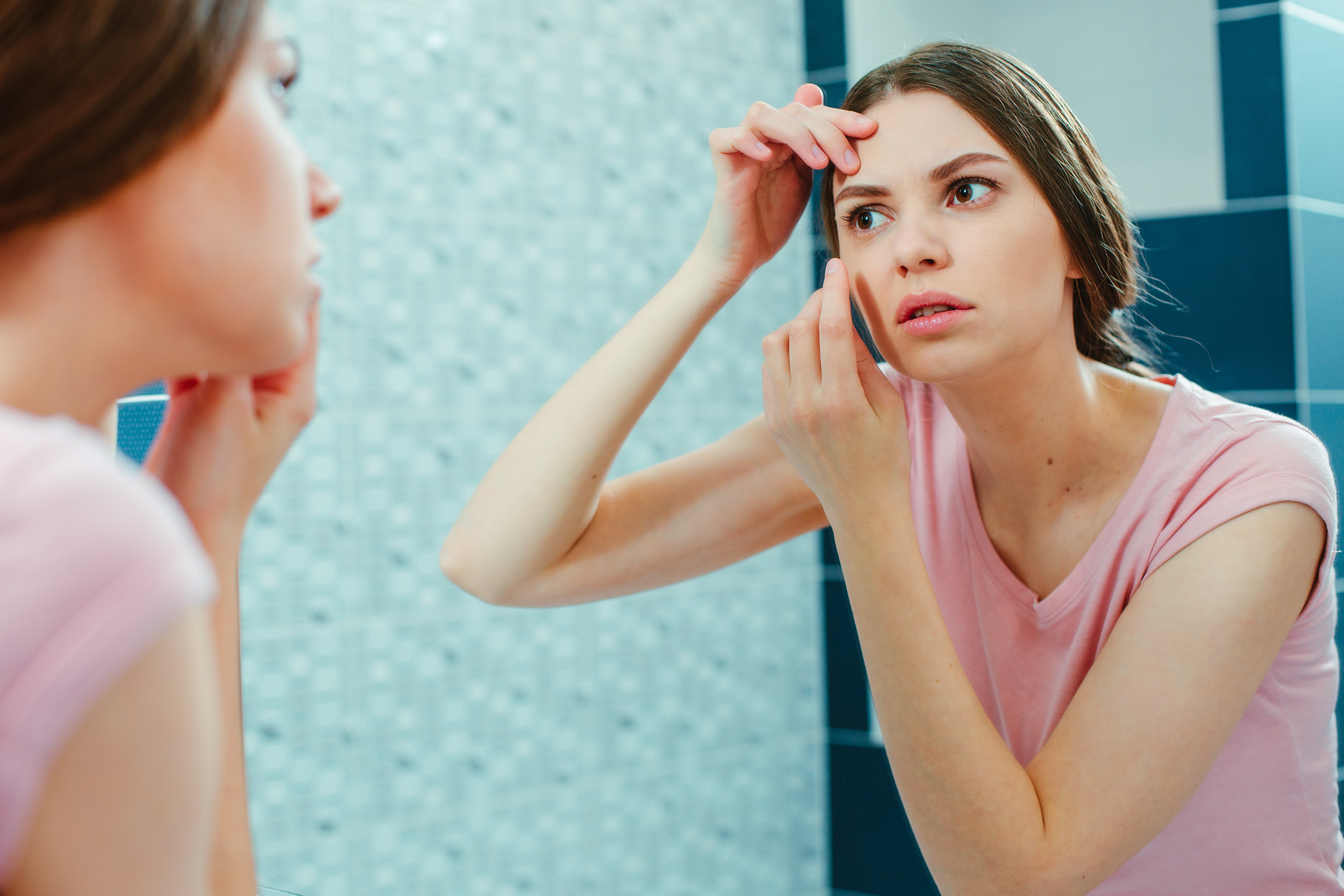 7 Safe Ways to Get Rid of Whiteheads