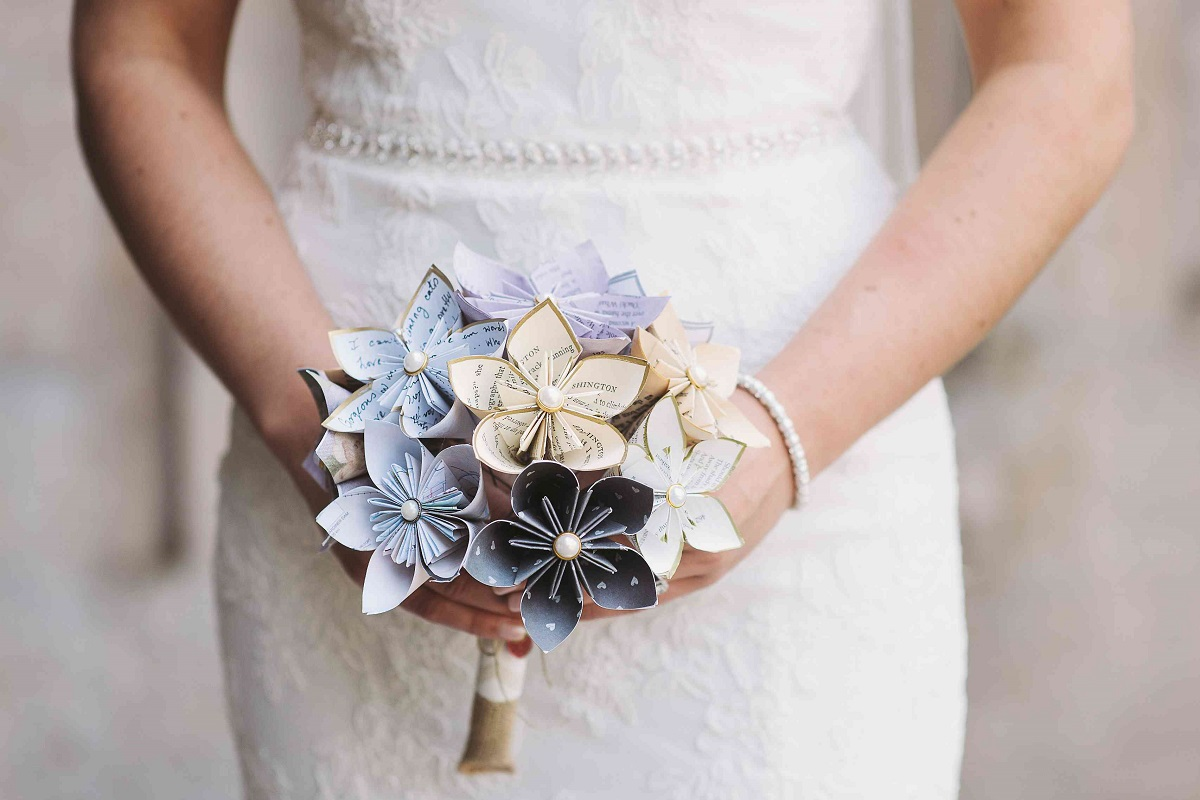 7 Unique Alternatives to Wedding Bouquets