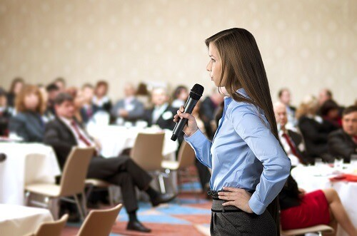 Public Speaking Tips to Seem More Confident
