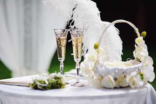 Feather wedding bouquet