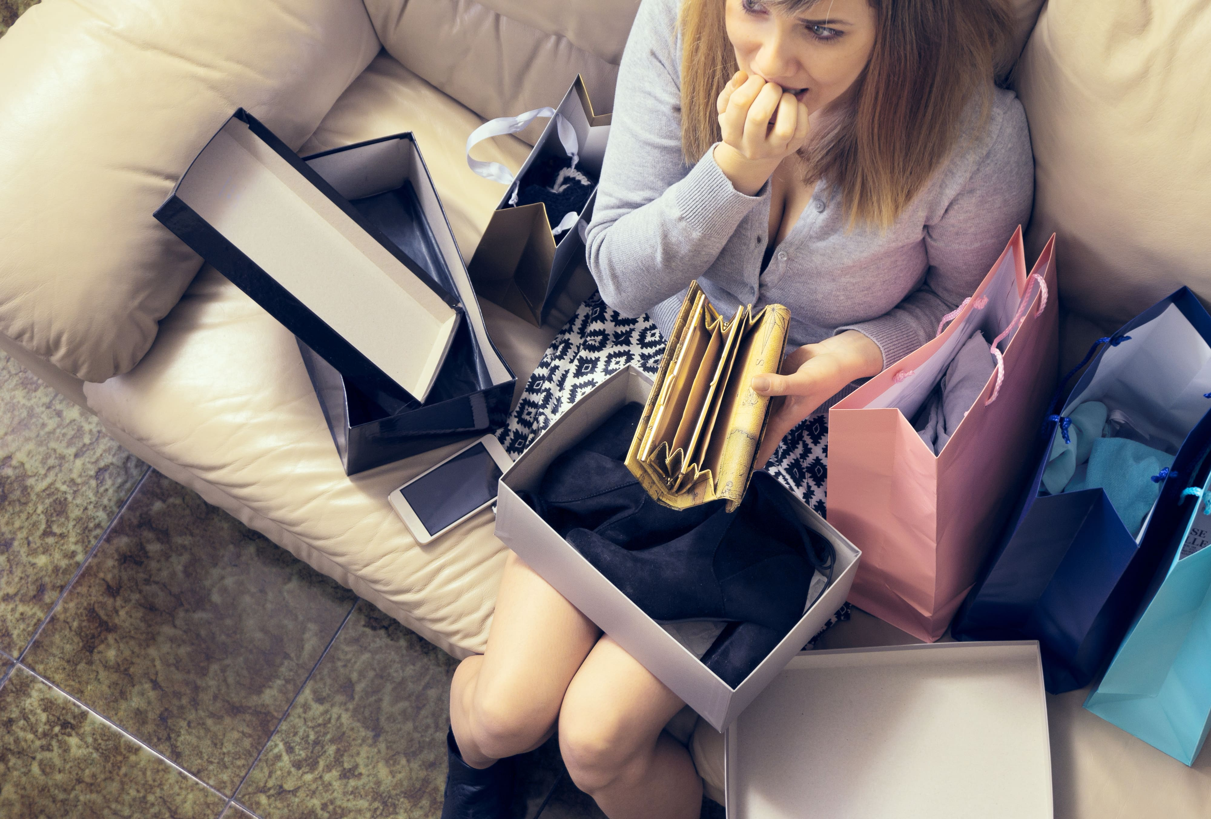 7 Sure Signs of Overspending