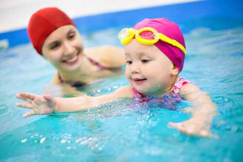 9 Tips on How to Teach Your Child to Swim