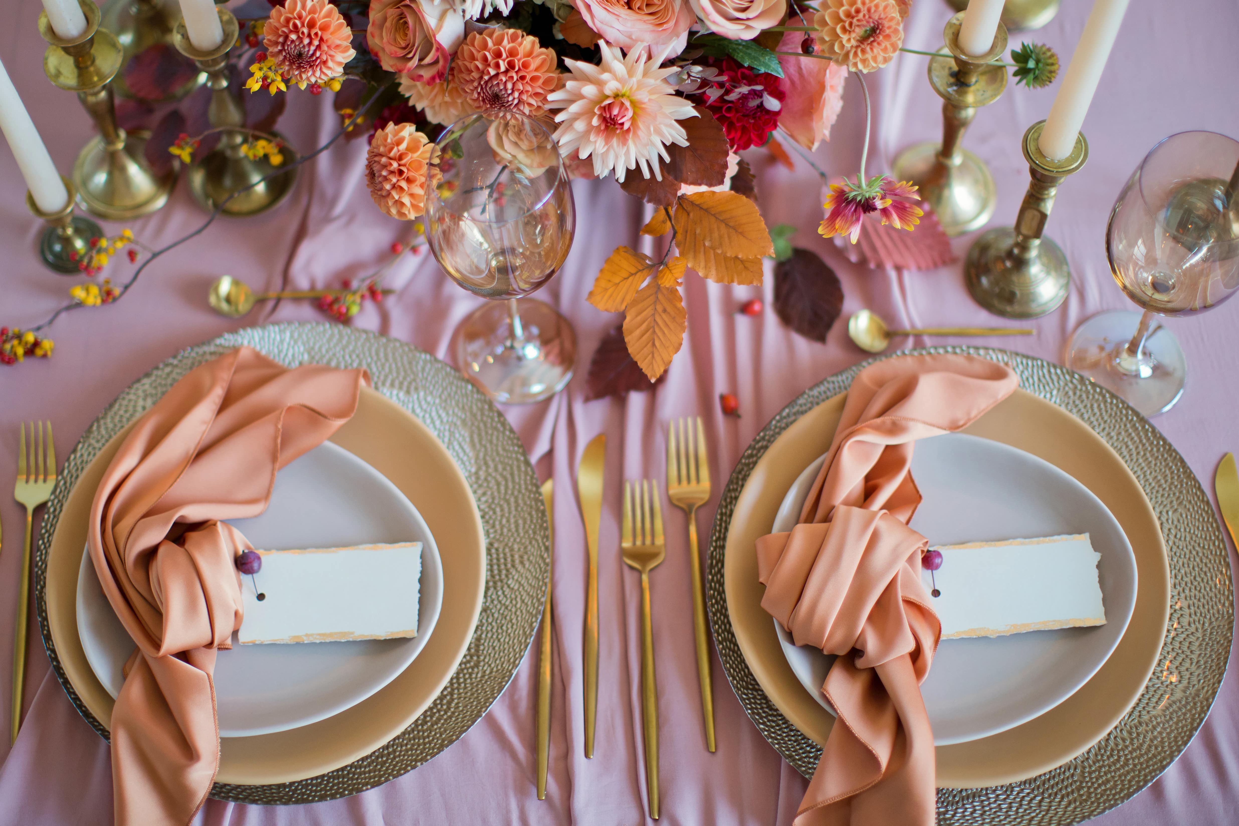 8 Splendid Tips for Planning a Beautiful Fall Wedding