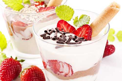 Dressed-up yogurt