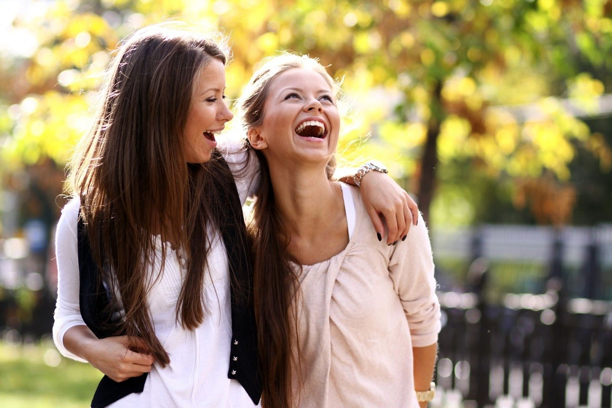7 Helpful Ways to Deal with a Know-It-All Friend