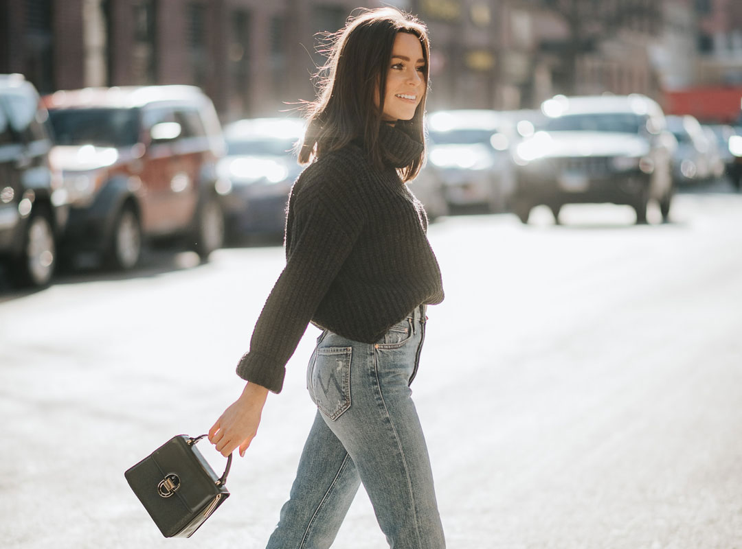 7 Popular Colors and Styles of Jeans to Wear this Fall