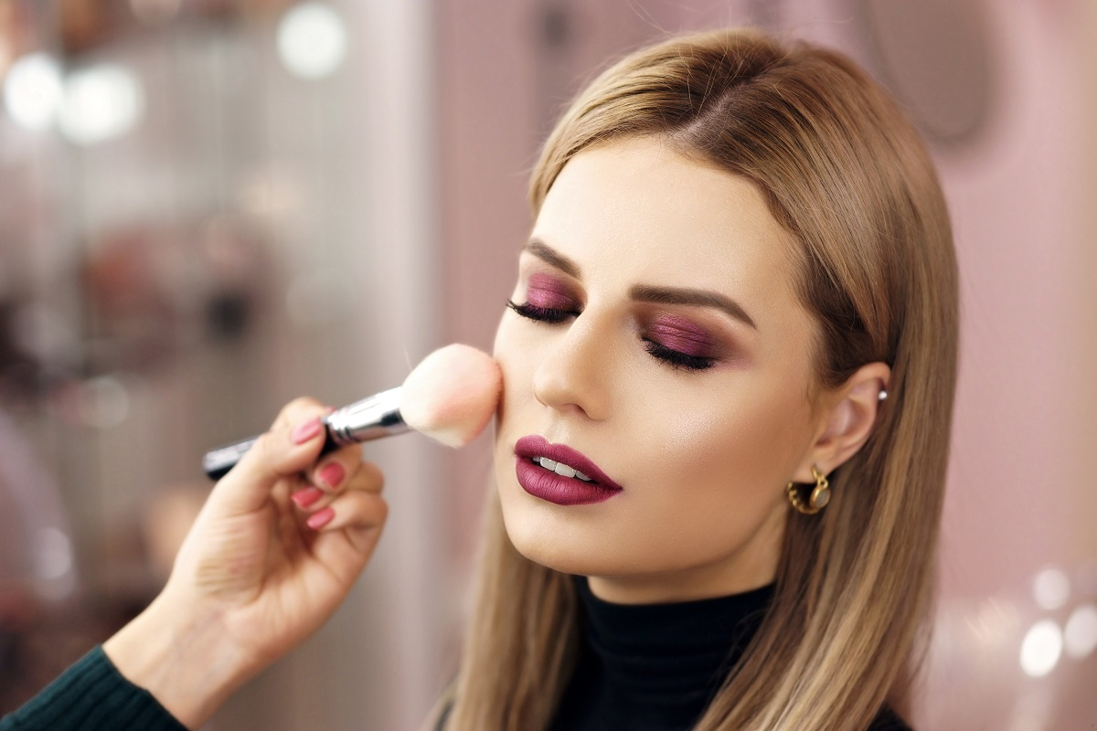 7 Tips for Making Your Makeup Last All Day
