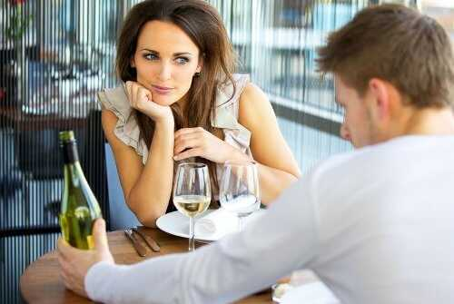 4 Do's and Don'ts of Mixing Dating and Finances