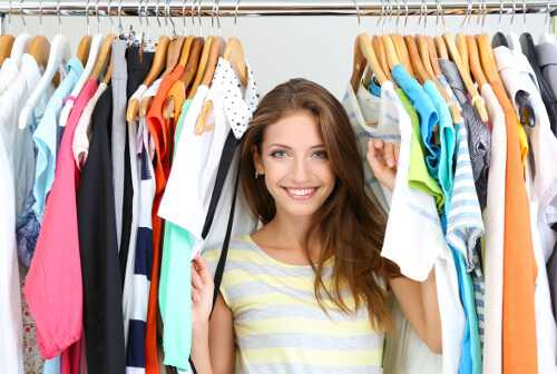 How to Make Money as a Personal Shopper