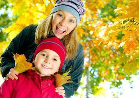 Ways to Explore Nature with Your Kids during the Fall Season