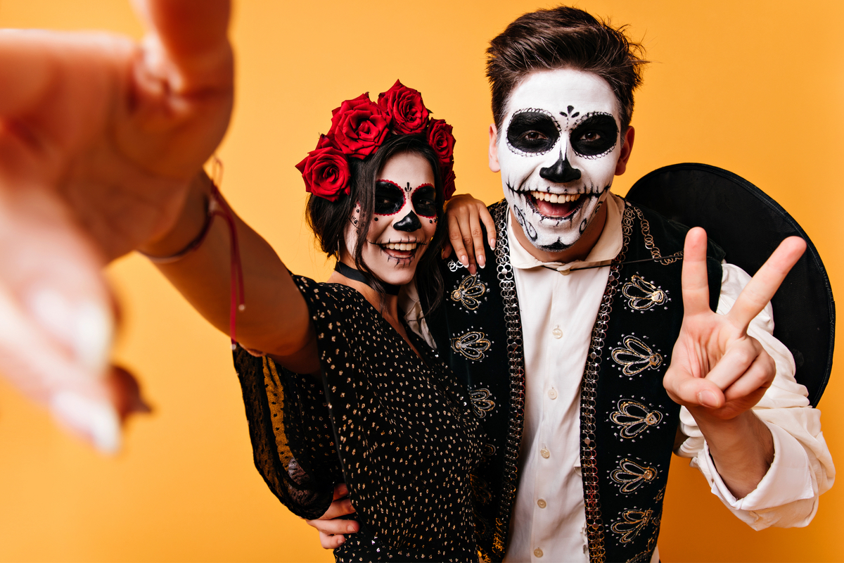 10 Great Halloween Costume Ideas for Couples