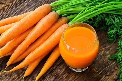 Brazilian women drink carrot juice to get a deeper tan