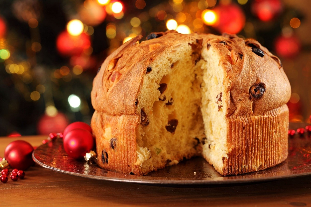 10 Traditional Christmas Foods All Over the World