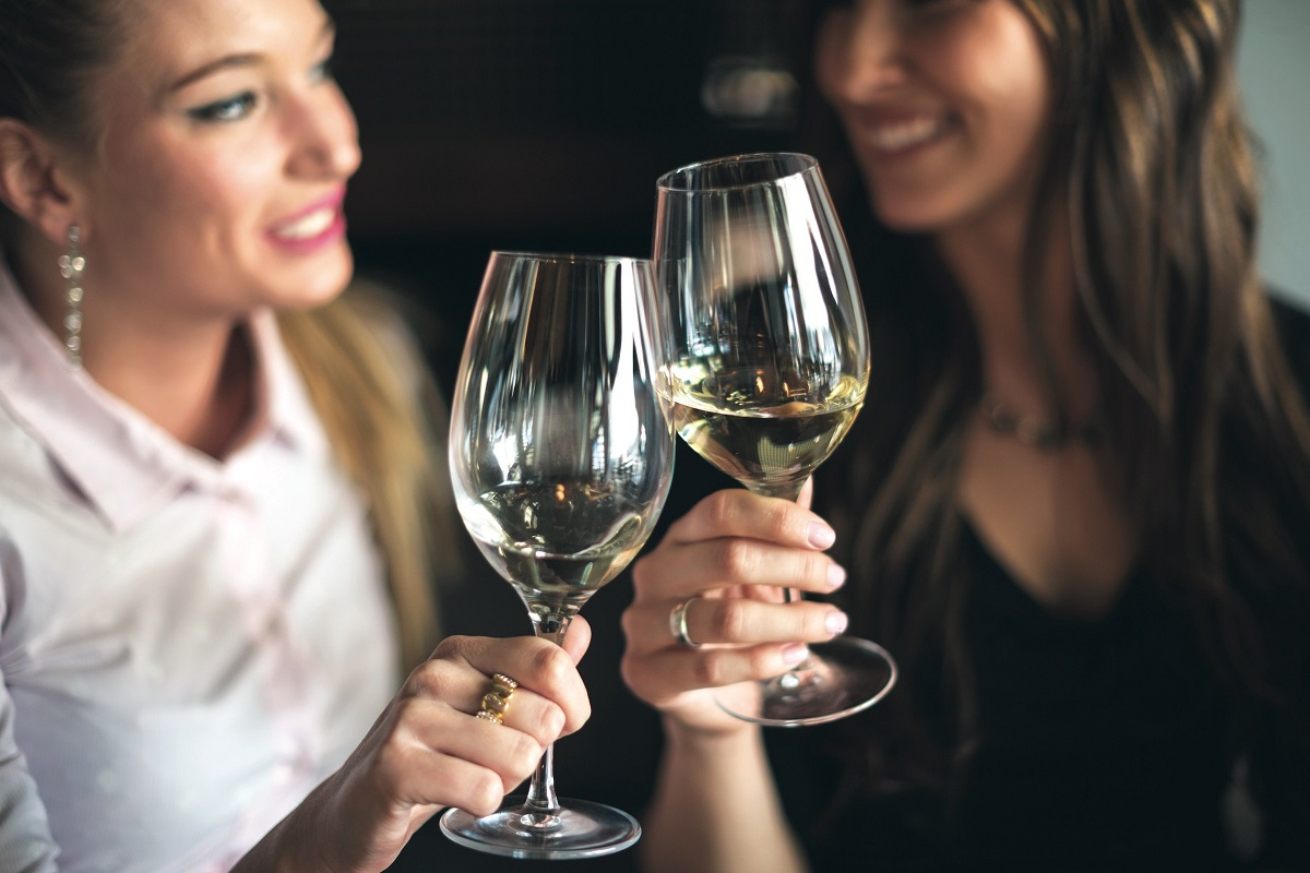 7 Best Excuses for Not Drinking Alcohol