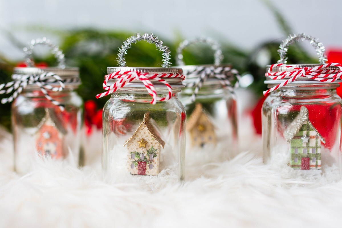 7 Festive Christmas Crafts for Your Children to Try