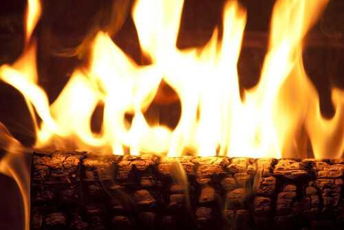 Burning a Yule log