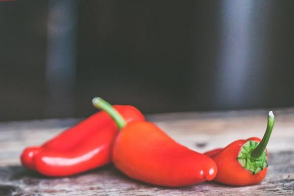Foods That Help Fight Cellulite Chili and Cayenne Peppers