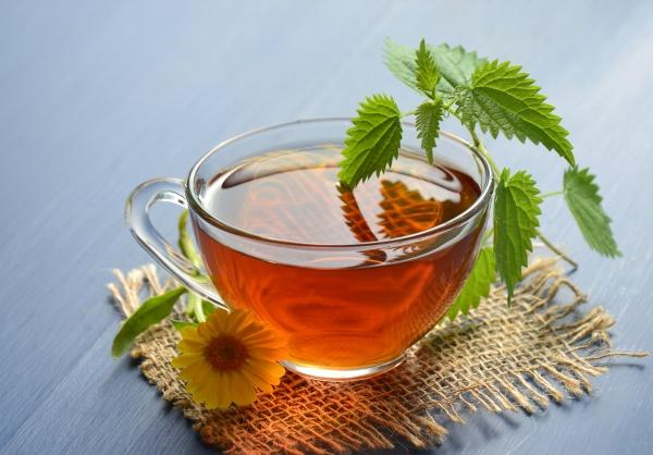 Foods That Help Fight Cellulite Herbal and Green Tea