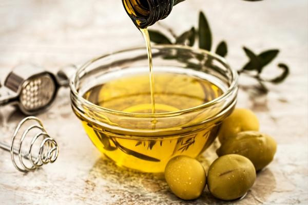 Foods That Help Fight Cellulite Olive Oil