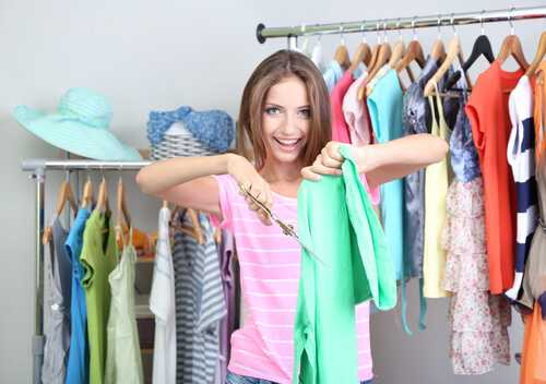 Obvious Signs You Should Get Rid of Your Old Clothes