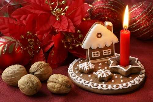 Use your food as Christmas decorations