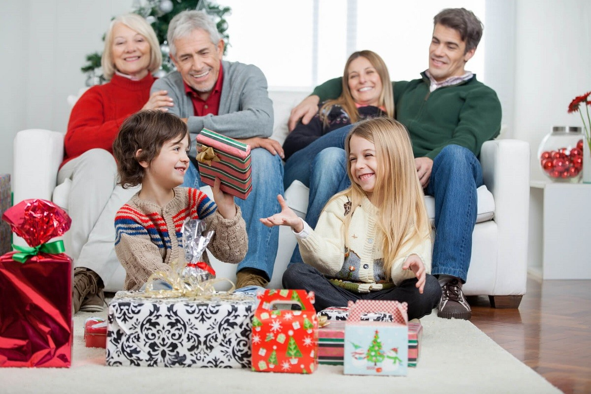 7 Wonderful Christmas Morning Traditions