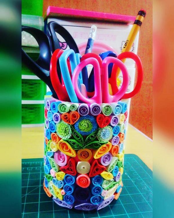 Celebrate Christmas with Kids Decorating Pencil holder