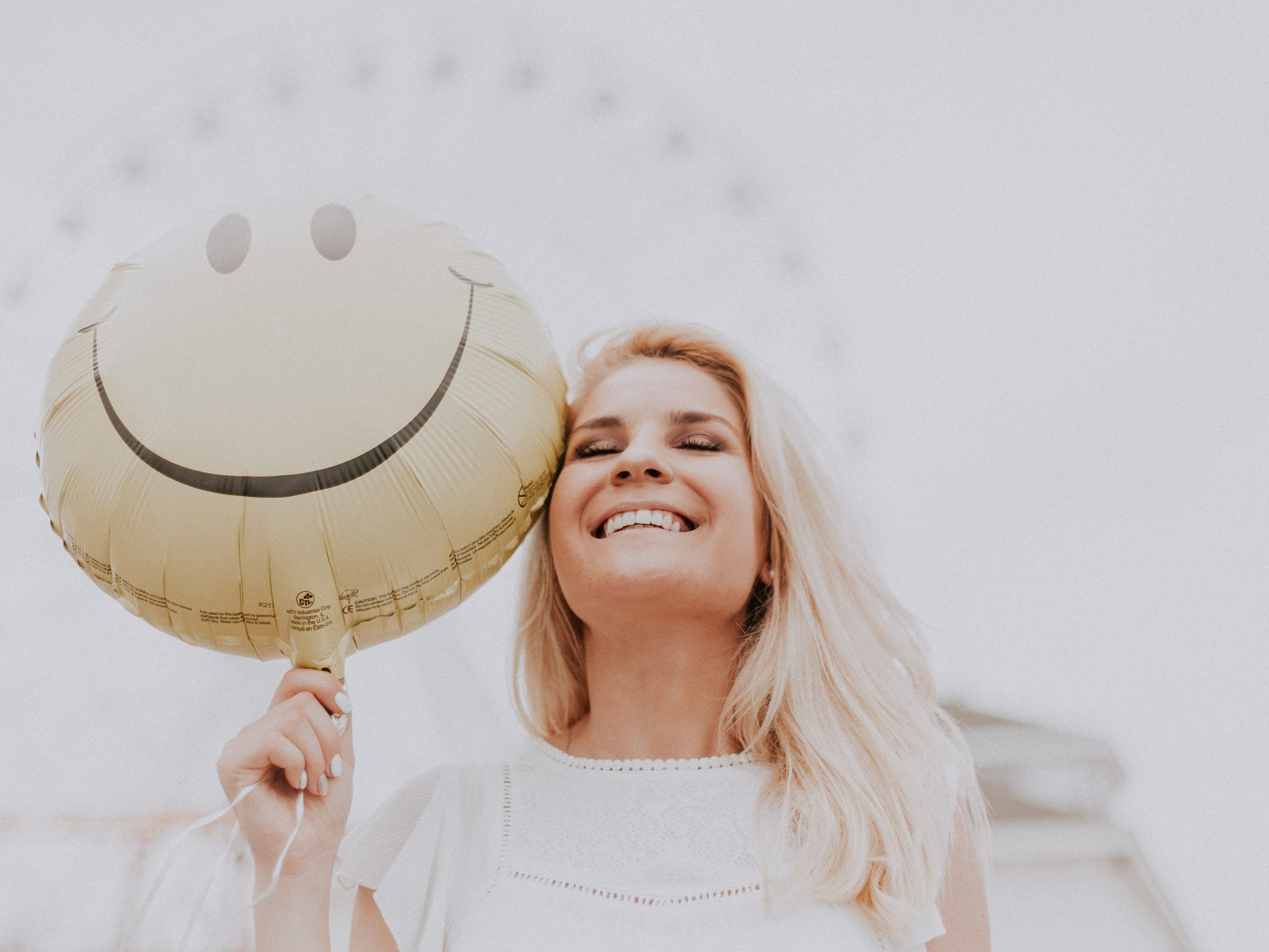 9 Important Things to Let Go to Be Happier