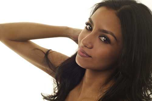 12 Best Makeup Tips for Women with Olive Skin Tone