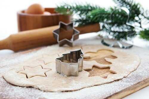 Make Christmas Pastries Together