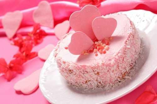 The Peek-a-boo heart cake