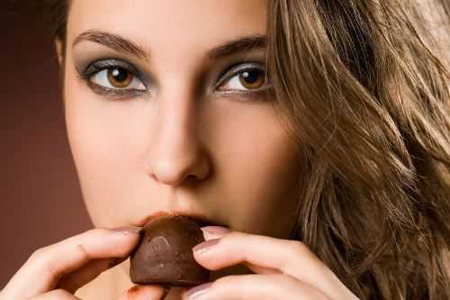 8 Great Reasons Dark Chocolate Is Good for You