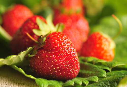 Healthy Reasons to Eat Strawberries