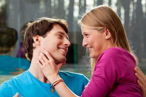 Sweet lies - Dating a player