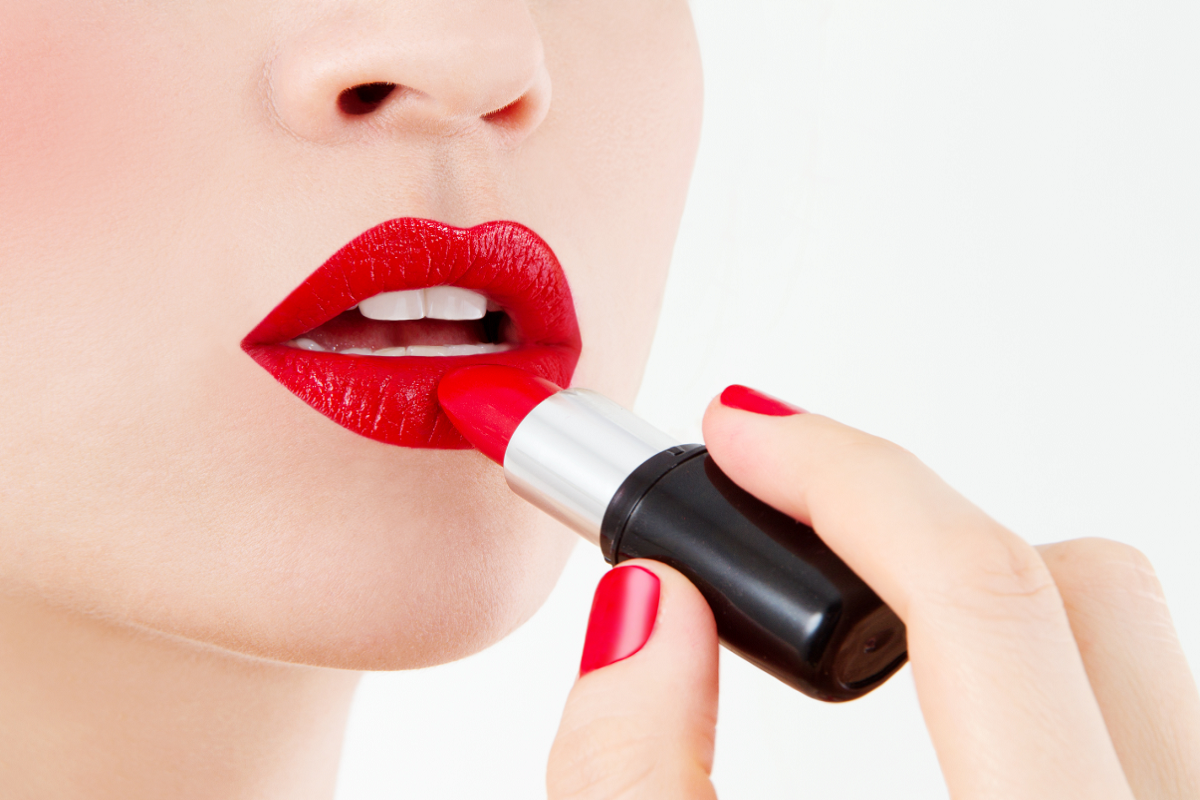 10 Dos and Don'ts of Wearing Red Lipstick