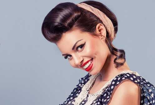1940s Pinup Girl Classic Look
