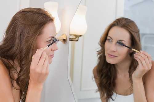Improper Makeup Lighting