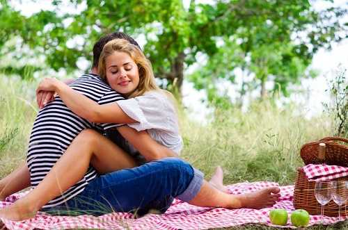 Lawn Romance